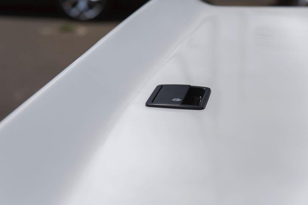 トヨタ ハイラックス GUN125 2015y以降 リバティウォークデザイン エアロトノカバー image4